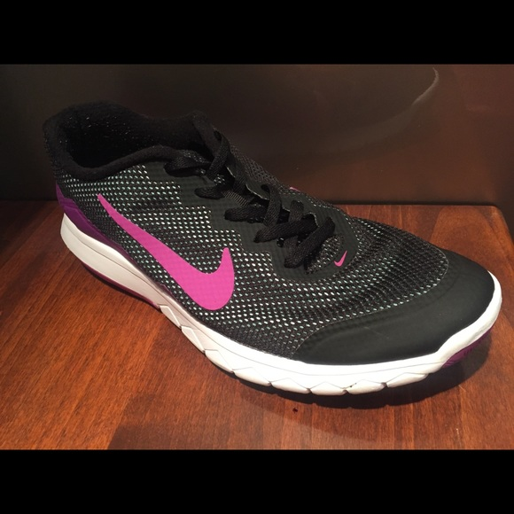Zapatos Nike Experiencia Mujeres Flex Experiencia Nike Rn 4 Poshmark 42717c